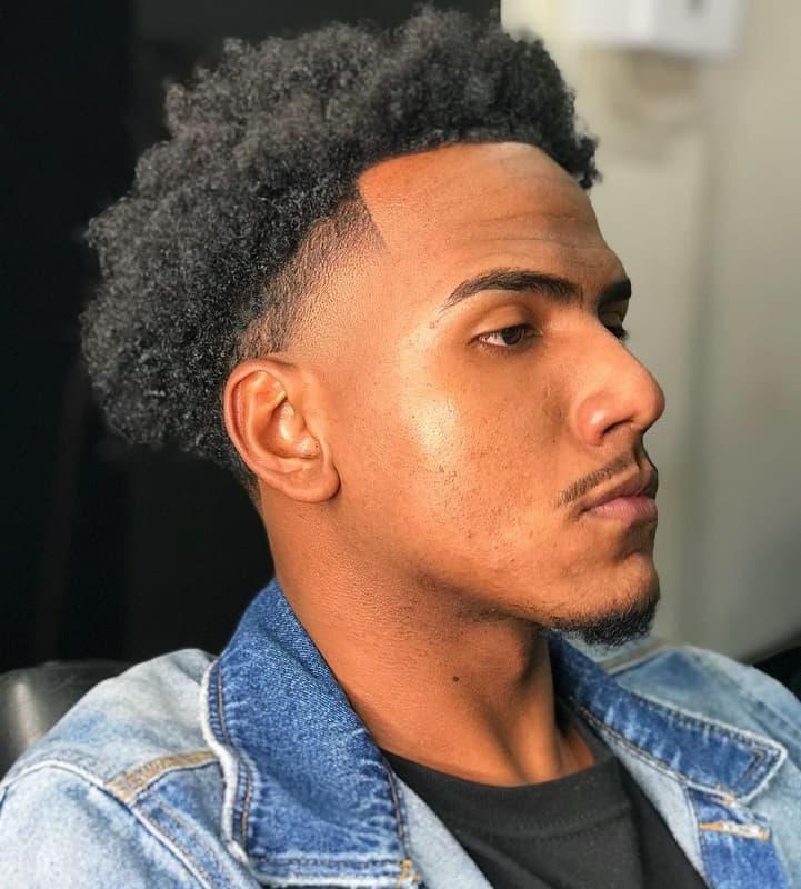 coupe de cheveux effilée du black