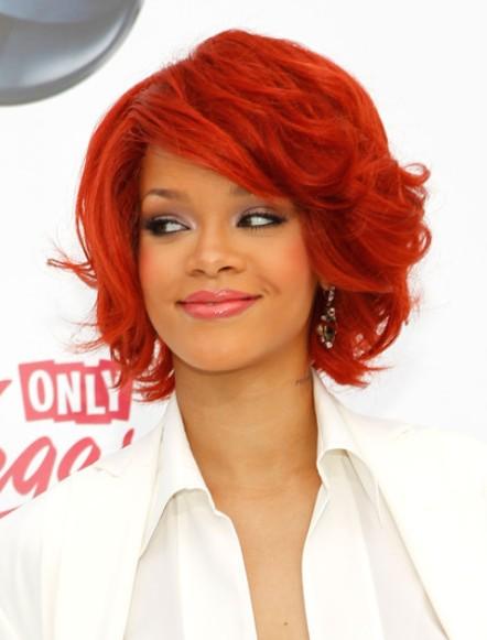 Rihanna Coiffures Courtes 2012