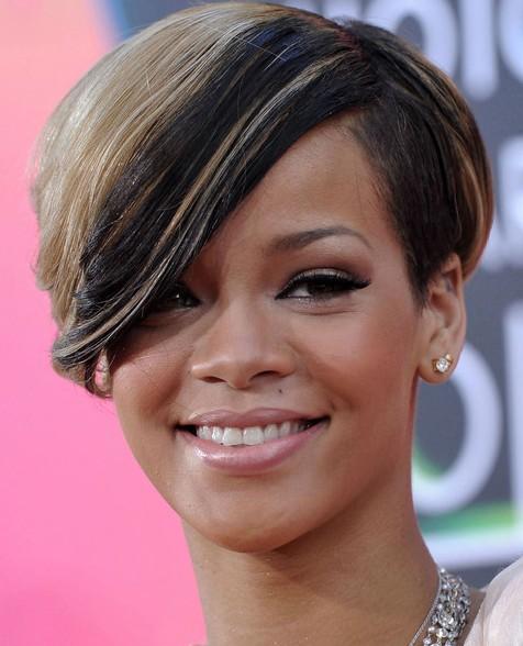 Coiffures Courtes Rihanna