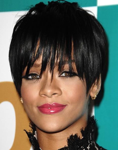 Coupes de cheveux Rihanna Black Pixie