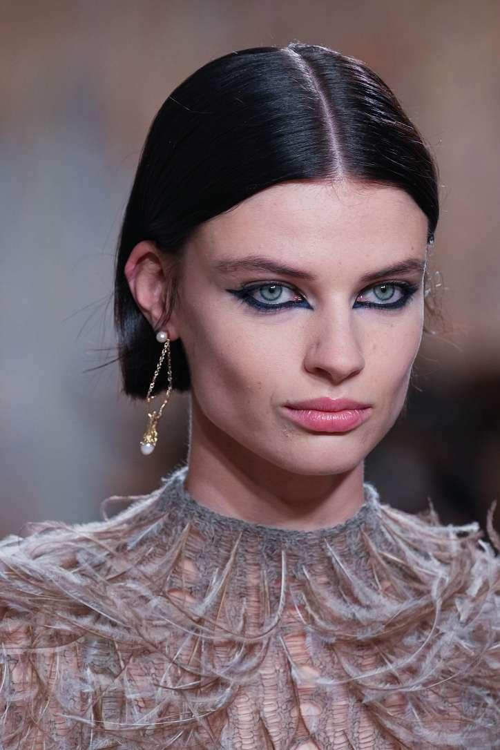 Maquillage mode automne-hiver 2021-2022 : principales tendances photo n°6
