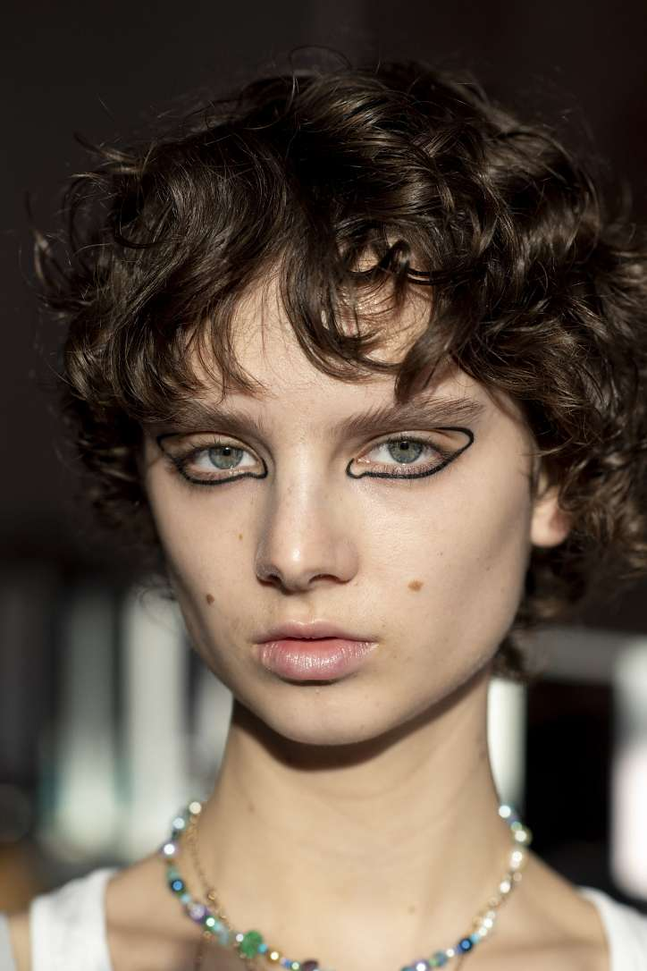 Maquillage mode automne-hiver 2021-2022 : principales tendances photo n°8