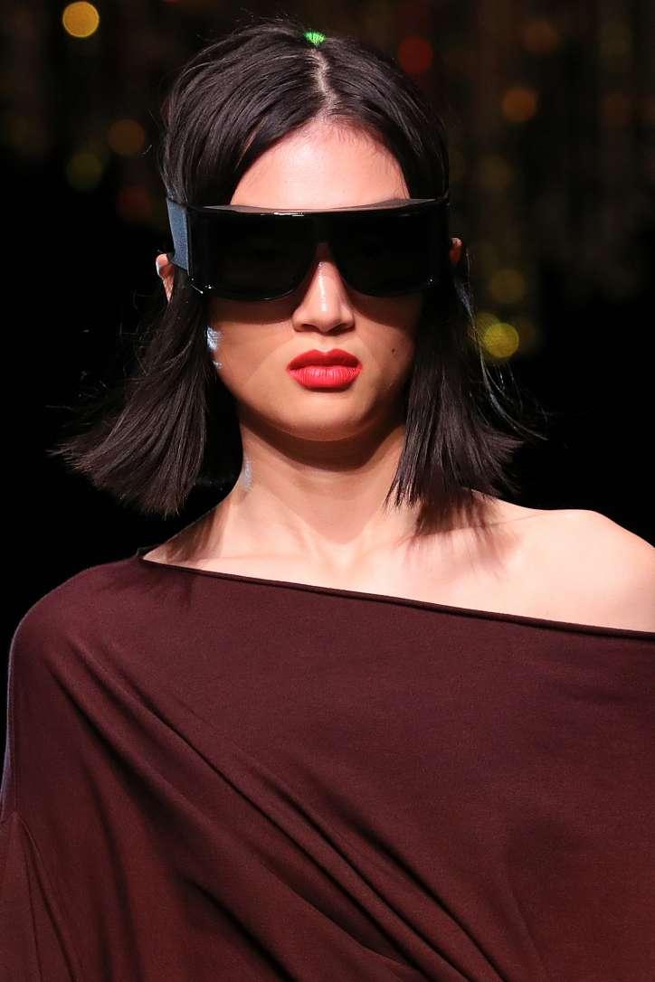 Maquillage à la mode automne-hiver 2021-2022 : principales tendances photo #1