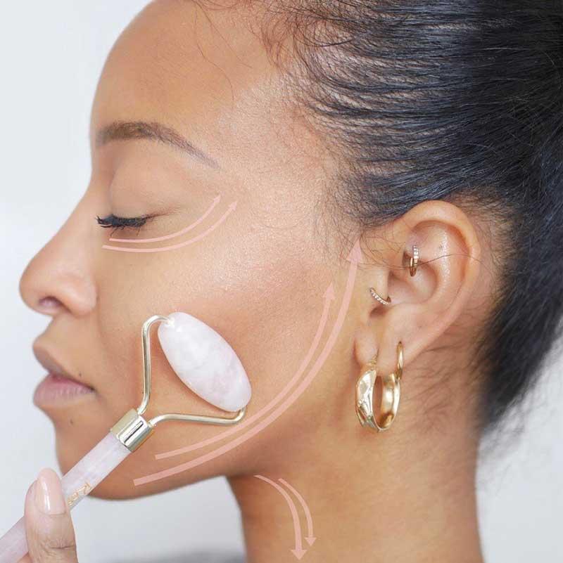 rouleau de jade de drainage lymphatique facial